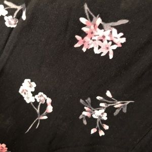 Torrid Dresses - ‼️SALE NWT Torrid BLack Floral High-Low Dress